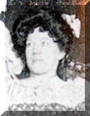 Nell Clark (Emmaline Benjamin)